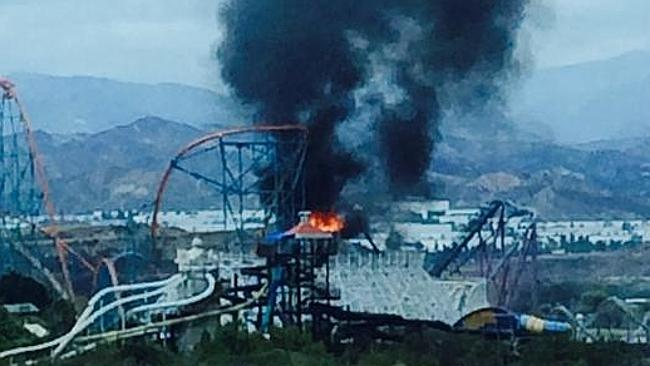 Old Colossus Roller Coaster at Magic Mountain has been damaged by fire. Pic: Twitter/@RonLPitt.