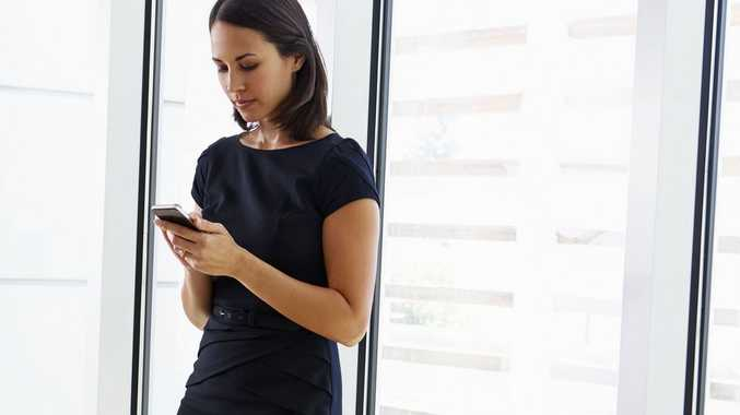 Growing numbers of jobseekers are hunting on their mobile devices.