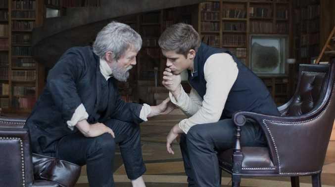 Jeff Bridges and Brenton Thwaites in The Giver.
