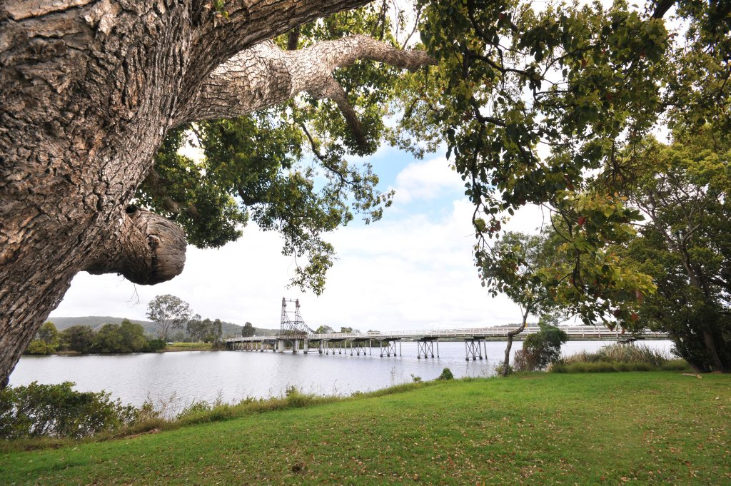 A view from the banks of the Clarence River of McFarlane Bridge at Maclean. Photo: Leigh Jensen / Daily Examiner