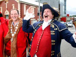 Bell tolls to farewell Ipswich's town crier