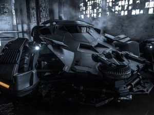 Batman v Superman: first pic of Batmobile unveiled