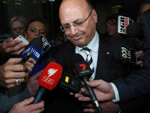 Hockey backs Sinodinos's attempt to return to Cabinet