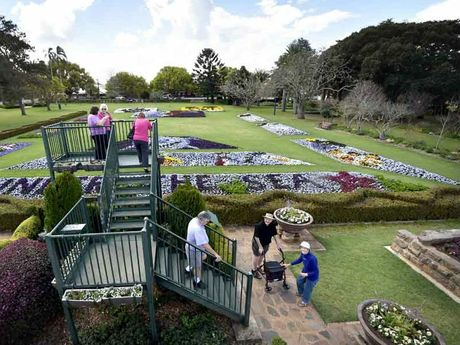 Laurel Bank Park comes alive for the 2014 Toowoomba Carnival of Flowers.