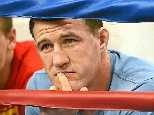 Gallen offers to take on 'any Queenslander'