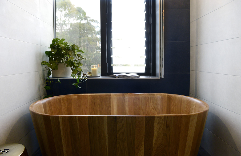 Shannon and Simon's timber bath.