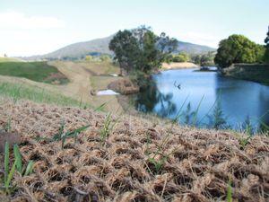 Stabilisation to save riverbank at Byangum