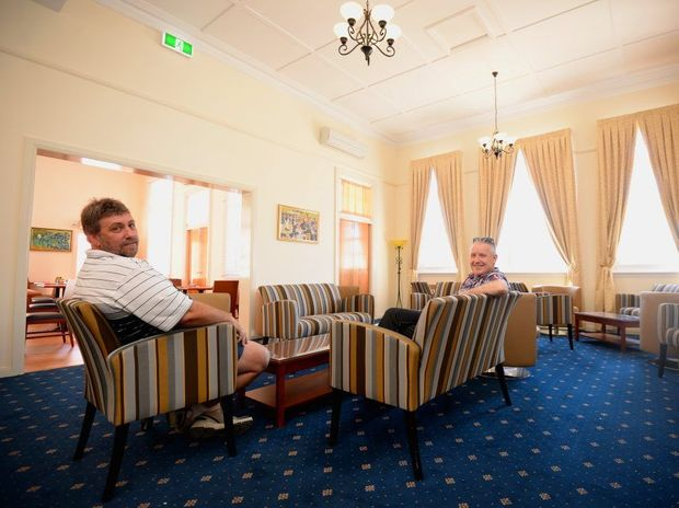 Steve Coleman and Stirling Donaldson relaxing at Regent Hotel and Cafe. Photo Allan Reinikka / The Morning Bulletin