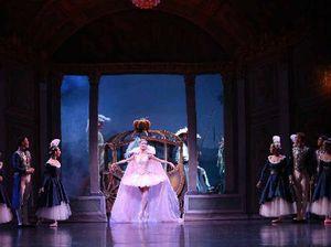 Local ballet dancers return to Rockhampton with Cinderella