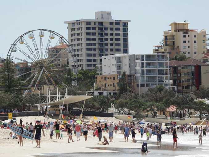 Busy September school holidays crowd at Kings Beach, Caloundra. Photo: Brett Wortman / Sunshine Coast Daily