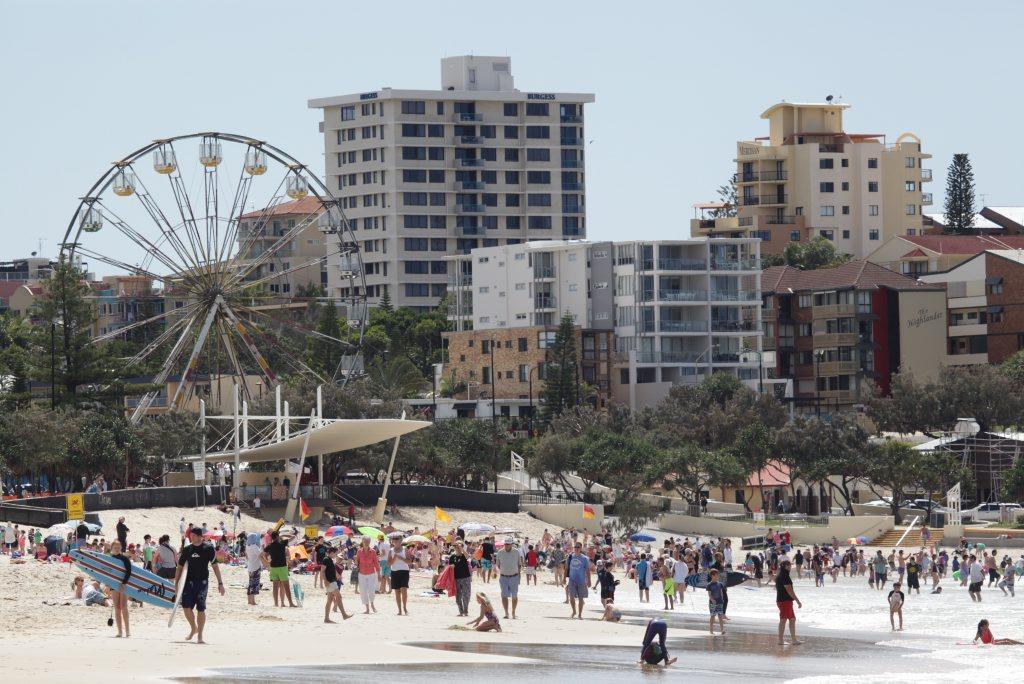 Image for sale: Busy September school holidays crowd at Kings Beach, Caloundra. Photo: Brett Wortman / Sunshine Coast Daily