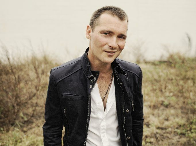 Country singer Adam Brand has restaurants in Coffs Harbour and Townsville.