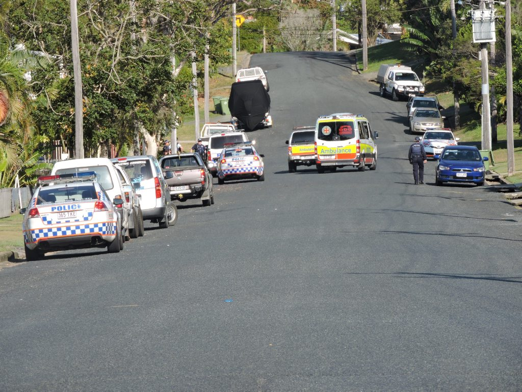 SIEGE: Emergency services on scene at a siege in North Mackay.