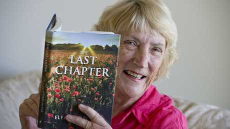 Eleanor Collins and her book The Last Chapter.