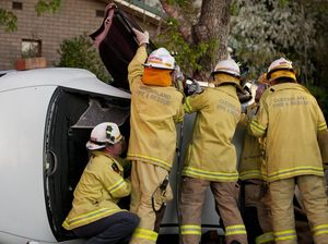 Woman rescued after Hume St crash