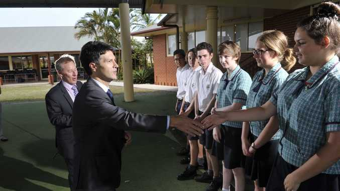 Minister for Veterans Affairs Victor Dominello joins Member for Ballina Don Page in meeting students at Emmanuel Anglican College about their ballot to attend the 2015 ANZAC Commemorations in Gallipoli.