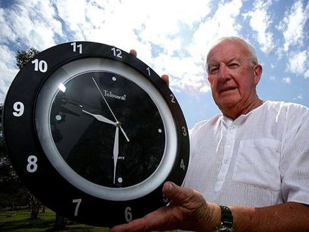 Sandstone Point resident Graeme Brittenden says unless all clocks on Australia's eastern seaboard are synchronised the Queensland economy will suffer financially to the tune of $4.35 billion annually.