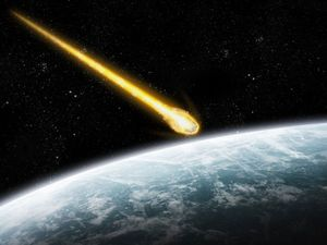 'Biggest meteor in years' crashes near Gladstone