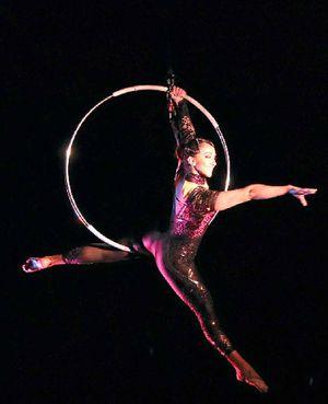 Ashton Entertainment's 'Circus Circus' perfromer on Lyra.