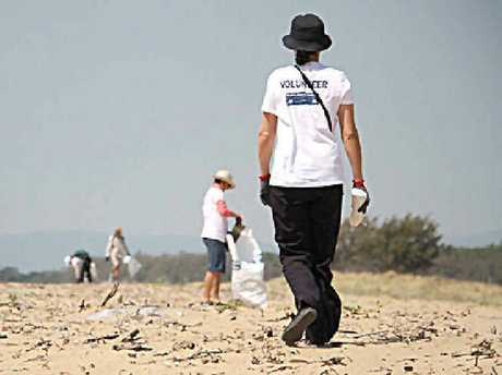 Coastal Clean Up volunteers will be back on the beach this weekend to clear the coast of marine debris.