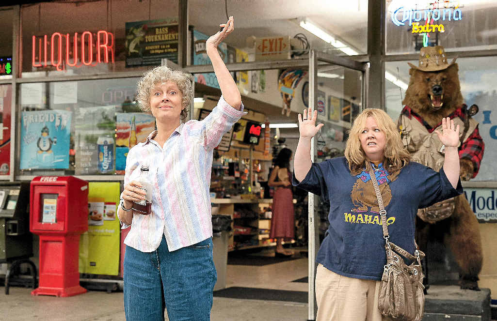 Susan Sarandon and Melissa McCarthy in a scene from the movie Tammy.