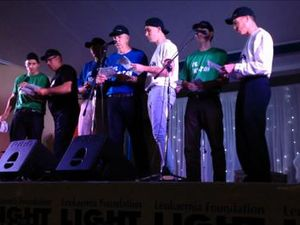 Karaoke councillors sing at Light the Night