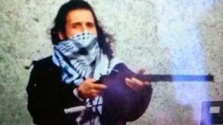 An image circulating on Twitter, believed to be Ottawa gunman Michael Zehaf-Bibeau