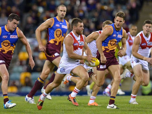 AFL action will be coming to Coffs Harbour when the Stdney Swans and Brisbane Lions face off in a NAB Challenge pre-season match in March. Photo: Bradley Kanaris/AFL Media