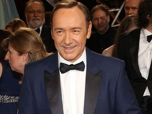 Host Spacey hints at gay rumours at Tonys