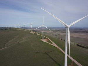 AGL still committed to building South Burnett wind farm