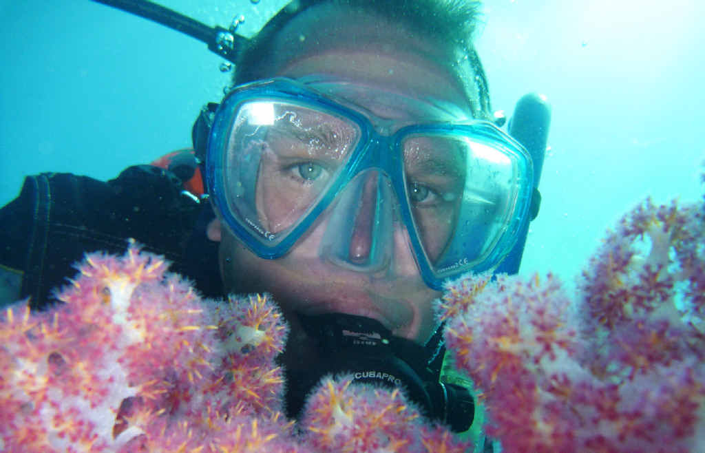Hervey Bay marine biologist Ian Butler will discuss his research on the historical ecology on the coral reefs.