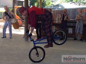 Circus Oz - BMX