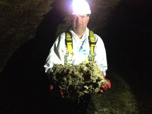 Giant 'fatberg' found blocking London sewers