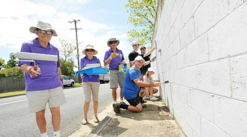 CLEAN UP CREW: Rhys and Pat Jackson, Ray Lawrence, Cr Mark Sultana, Ellie Hewitt and Zachary Sultana and Lindsay.