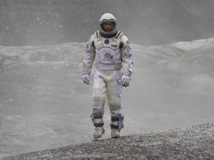 Interstellar merges special effects with heart-warming story