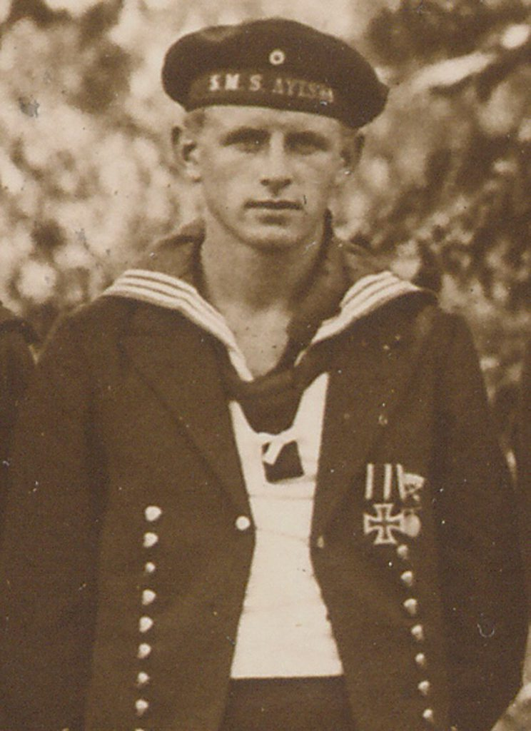 A German sailor from the Emden raiding party that later seized the Ayesha. The sailors considered their new ship a German naval vessel, which is why they wore hatbands saying SMS Ayesha.