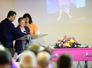 Hundreds say goodbye to 'princess' Charlee