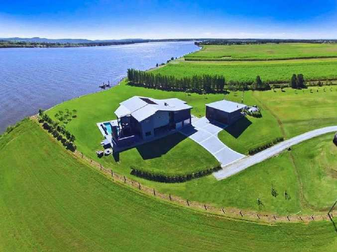 An aerial view of RiverScape at Palmers Island.