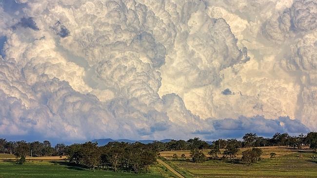 Explosive convection east of Warwick, Queensland. Picture: Chris McFerran