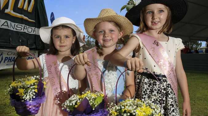 Tiny totts showgirls Mia McKenzie, Charlotte Eastin, Scharlotte Johnson during the Mullumbimby show. November 8, 2014.