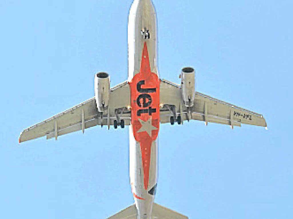 Jetstar plane. Photo Peter Holt / Daily Mercury