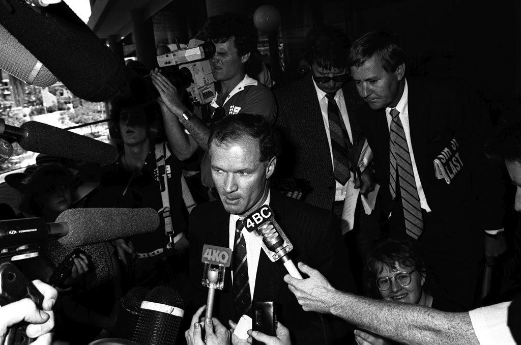 25/11/87 8057d Former Queensland Premier Wayne Goss