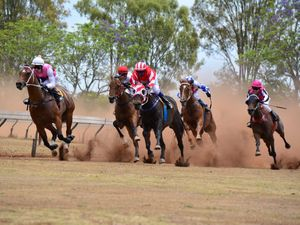 Talk Back wins at Kumbia races
