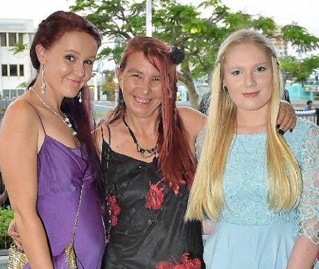 Amy Cook, Kitsy Elkenhans and Bronwyn Beamish.