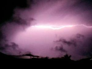 Bargara reader's lightning video