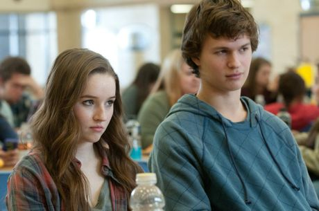 Kaitlyn Dever and Ansel Elgort in Men, Women & Children.