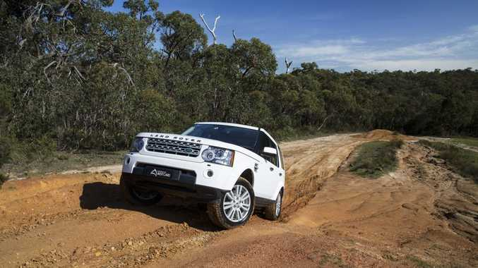 2014 Land Rover Discovery 4 30 Tdv6 Road Test Review Sunshine