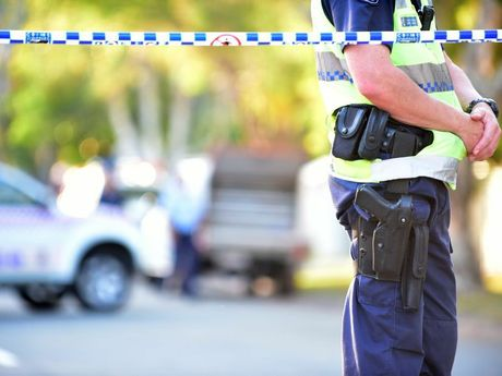 Police shot and killed a 51 year old man on Outlook Drive at Tewantin after the man allegedly had a weapon. Police gun Photo: Cade Mooney / Sunshine Coast Daily