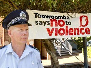 White ribbon - No to violence