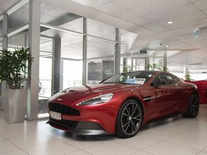 2013 Aston Martin Vanquish is something special